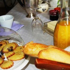 Chambre d hote domaine de l ameillee petit dejeuner