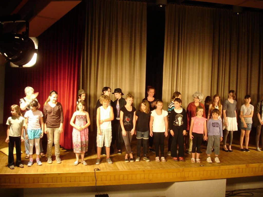 Final troupe