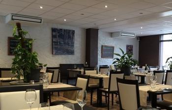 Restaurant chez henry salle