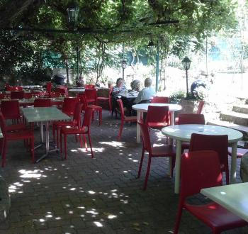 Restaurant chez henry terrasse